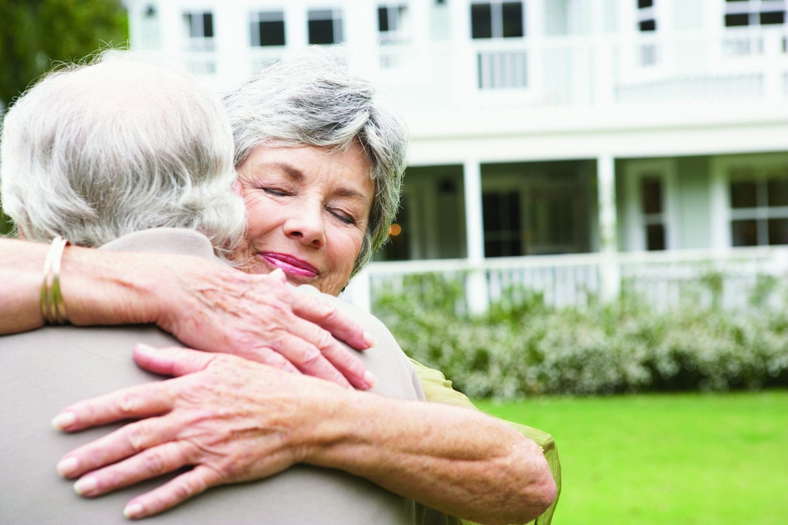 Signs an elderly loved one may need additional care