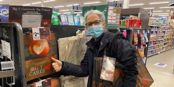 Susan Halpern gives thumbs up to Big Y Community Bag Program