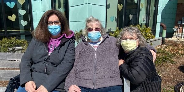Patricia Benton enjoyed an in-room visit with daughters Beth Croteau and Sonya Brenton, and then stepped outside to enjoy the beautiful weather and the warm sun!