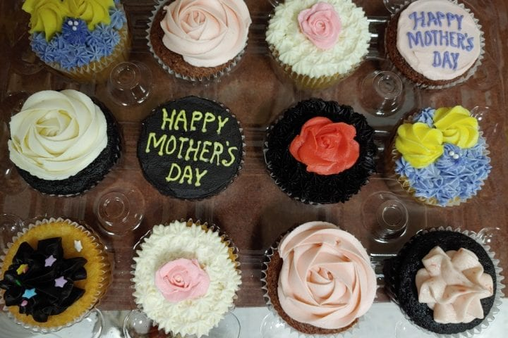 jgs-cupcakes-mothers-day